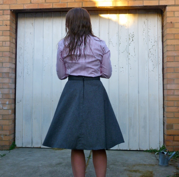 hollyburn skirt back view