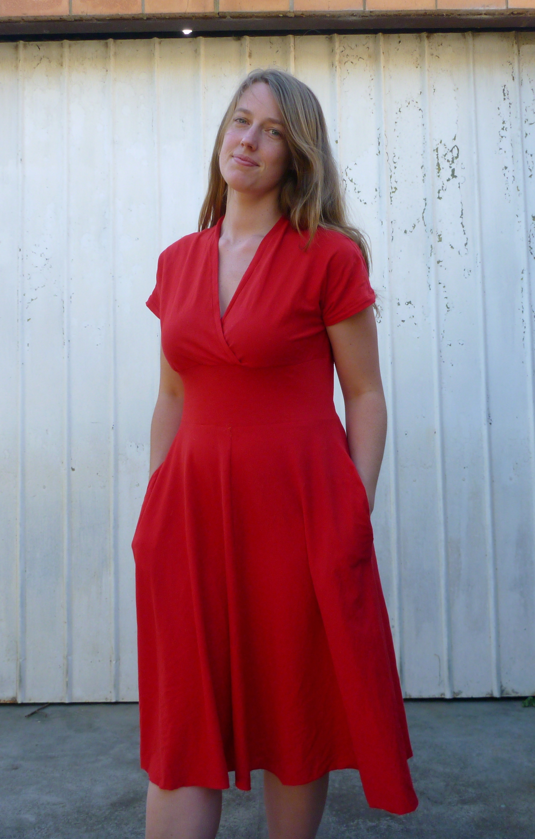 Knit Dress Sewing Pattern : FO: The red organic cotton Tiramisu dress SewSquirrel