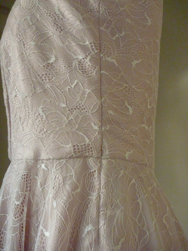 basting seams lace dress
